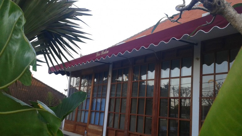 fixed-frame-awning